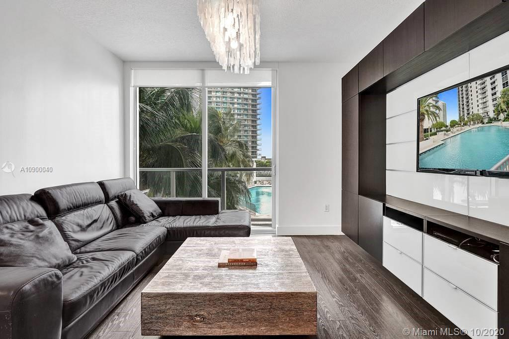 1060 Brickell Ave #1411 photo019