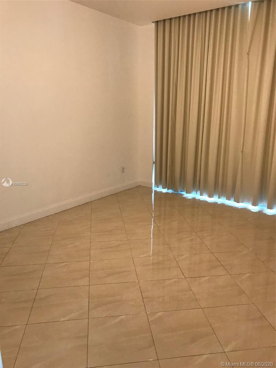 1331 Brickell Bay Dr #604 photo03