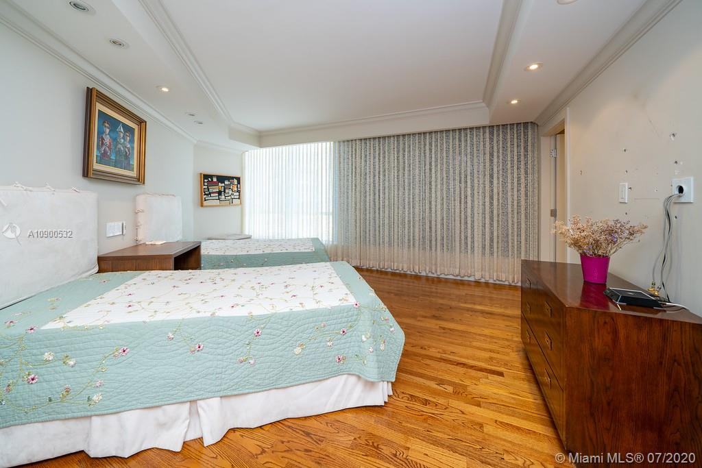 10155 Collins Ave #1202 photo021