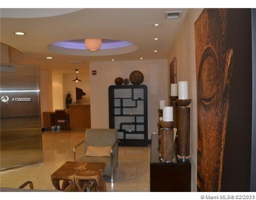 Photo of 253 NE 2nd St #3008 listing for Sale