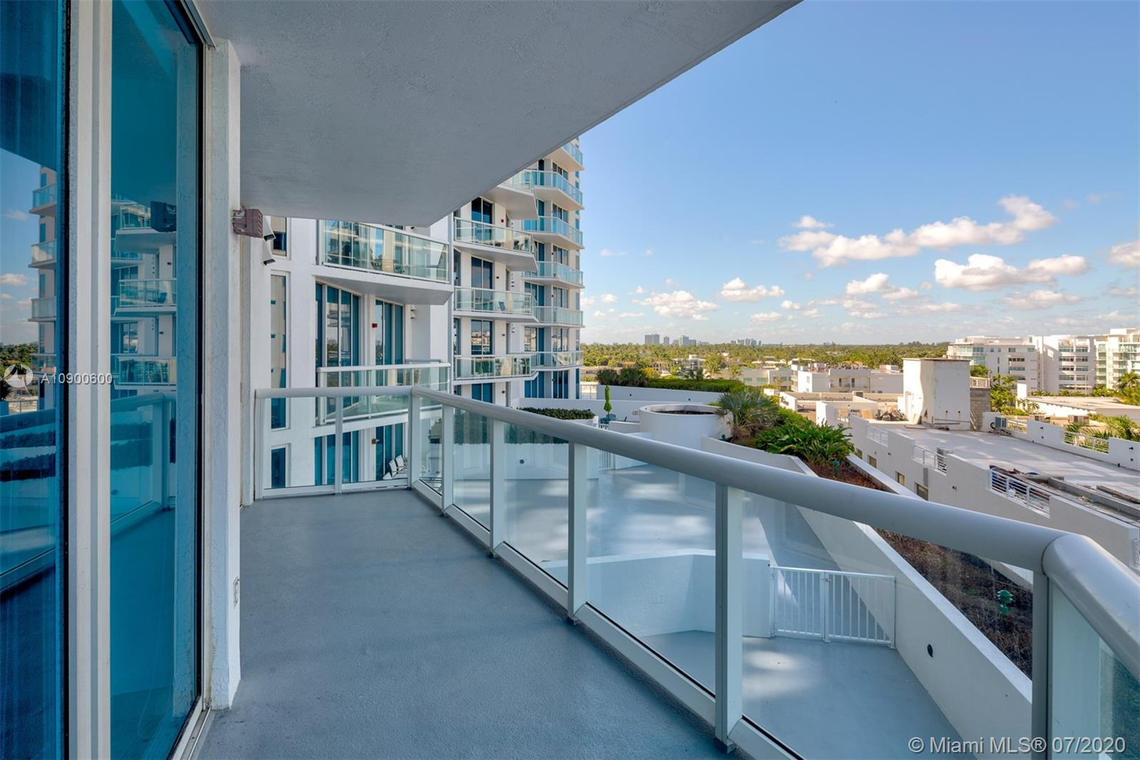 Photo of 6515 Collins Ave #702 listing for Sale