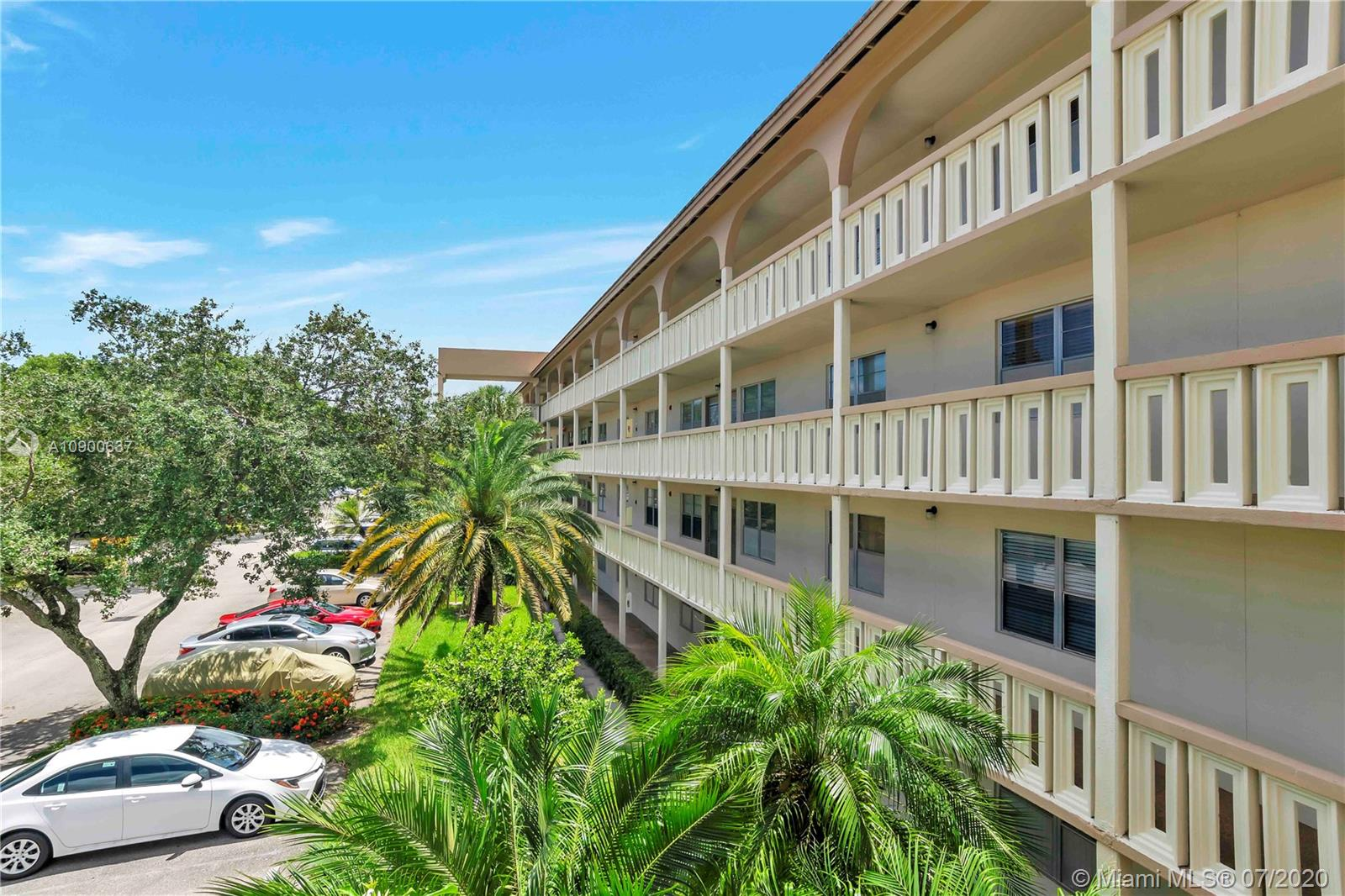 Property for sale at 2402 Antigua Cir Unit: E3, Coconut Creek,  Florida 33066