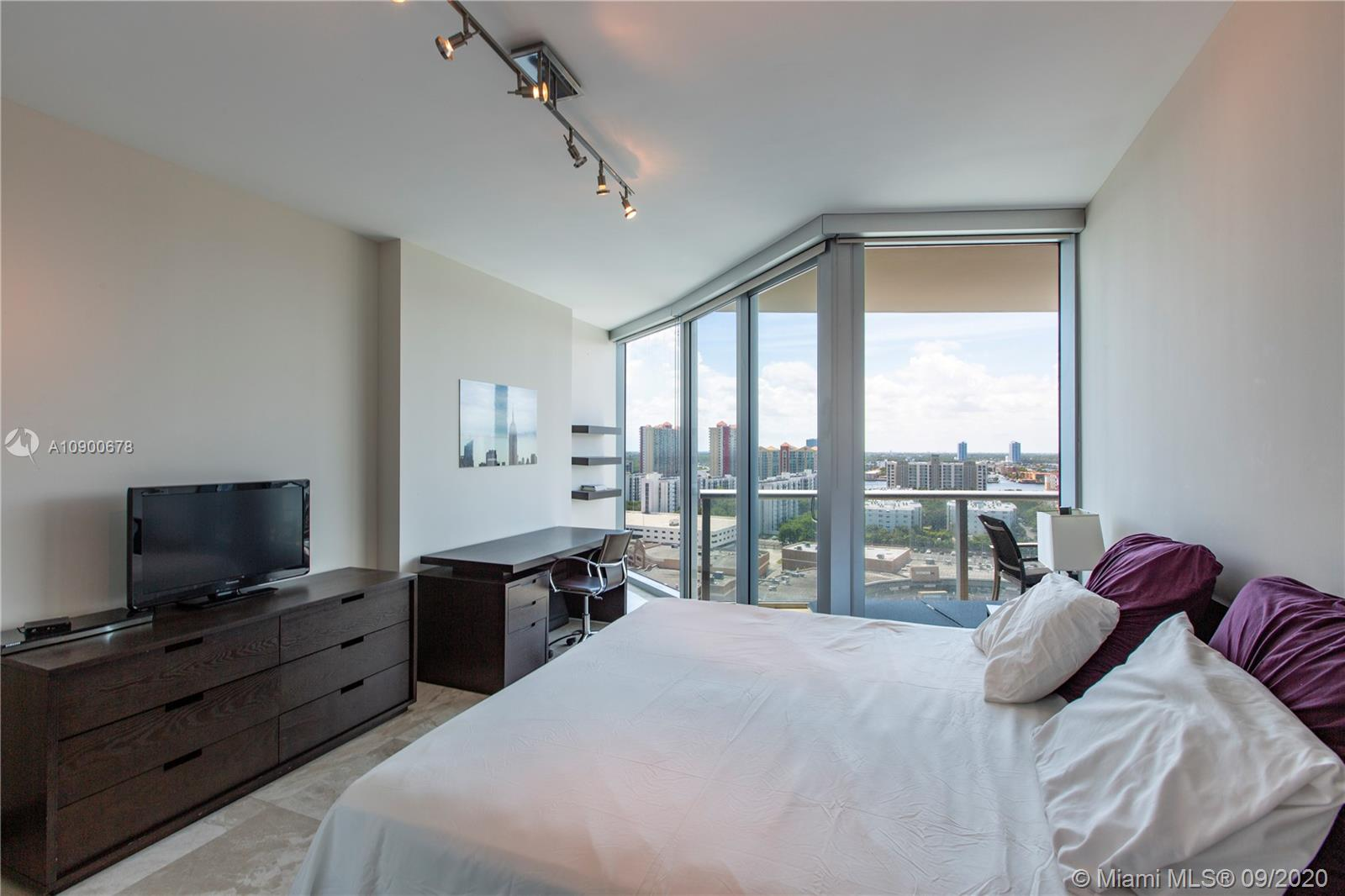 Photo of 17001 Collins Ave #1705 listing for Sale