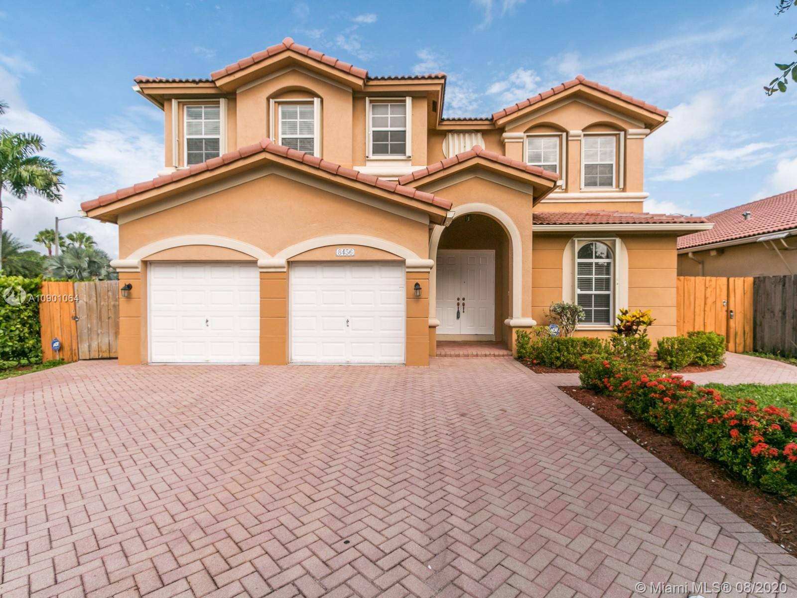 Islands At Doral - 8456 NW 111th Ct, Doral, FL 33178