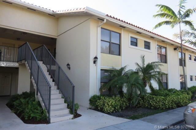 Property for sale at 1566 Lake Crystal Dr Unit: D, West Palm Beach,  Florida 33411