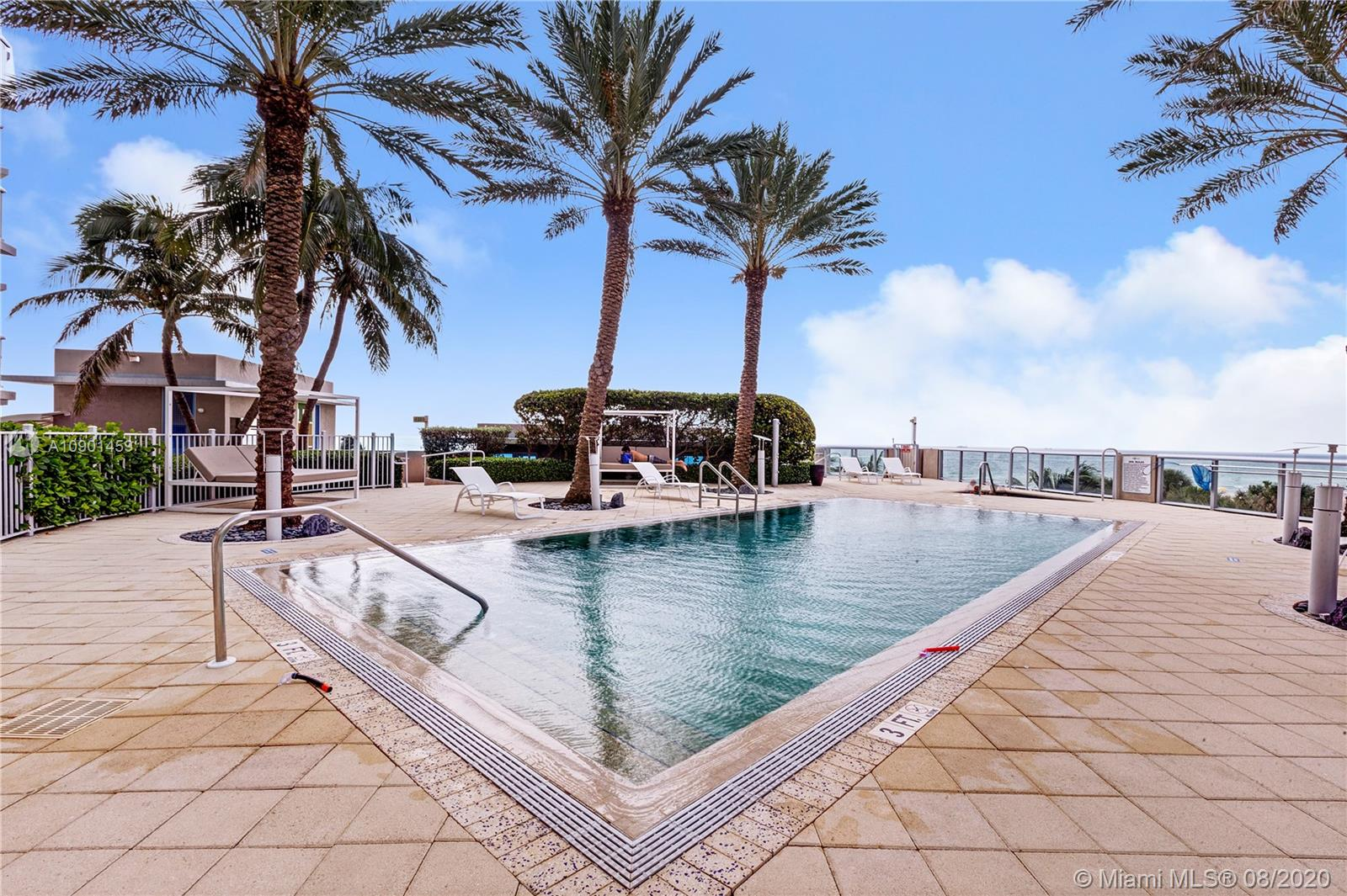 Photo of 3801 Collins Ave #905 listing for Sale