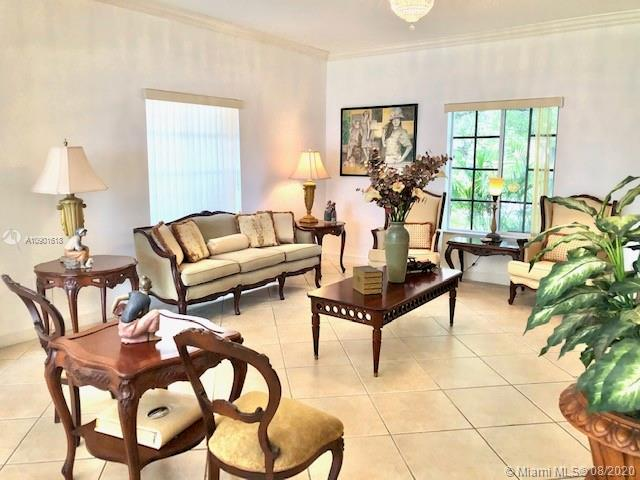 12900 SW 136th Ter photo03