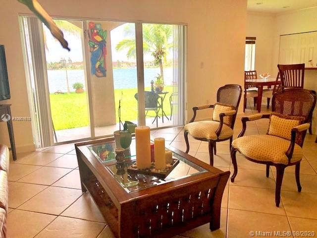 12900 SW 136th Ter photo08
