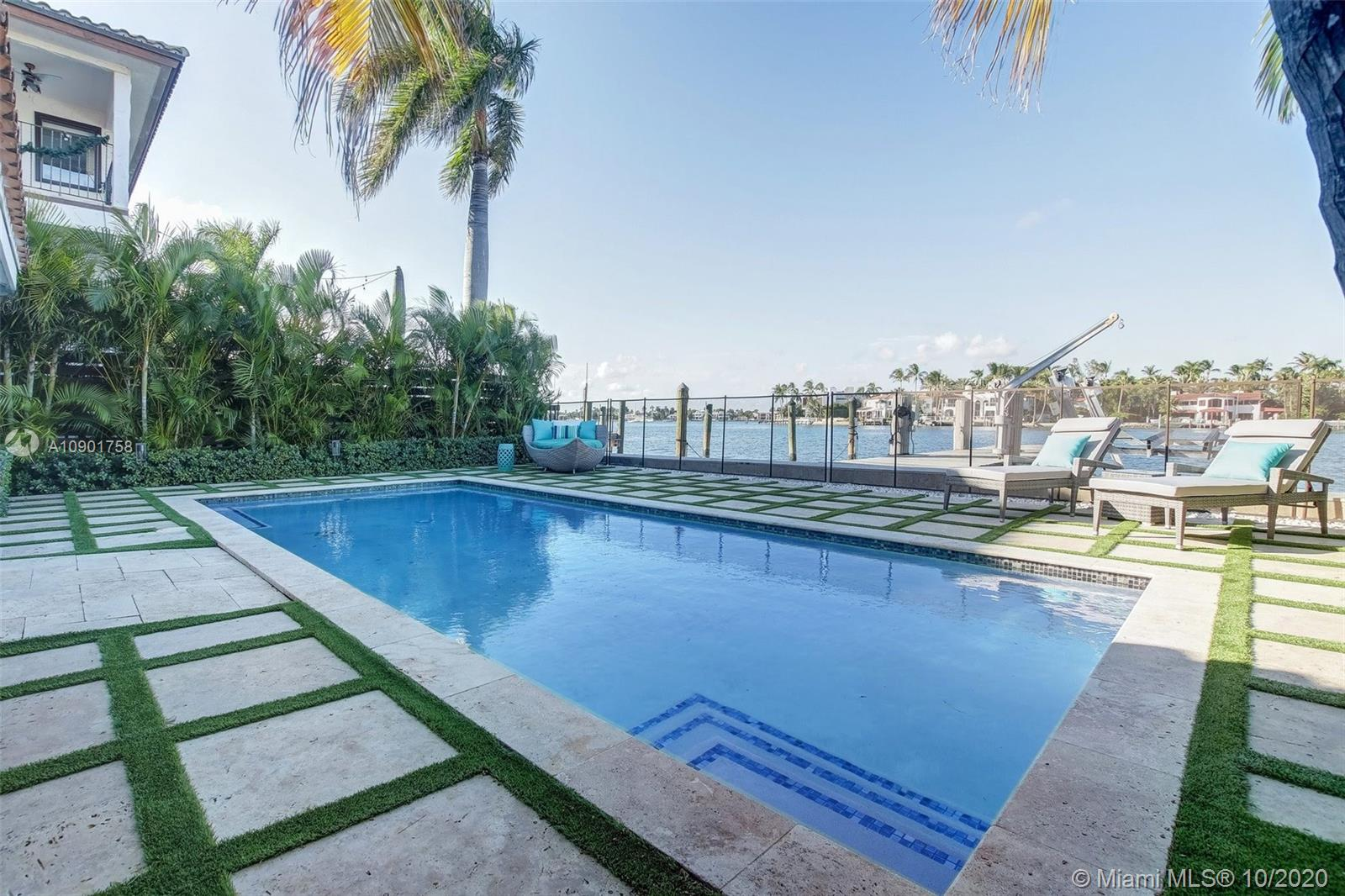 Photo of 253 N COCONUT LN # listing for Sale