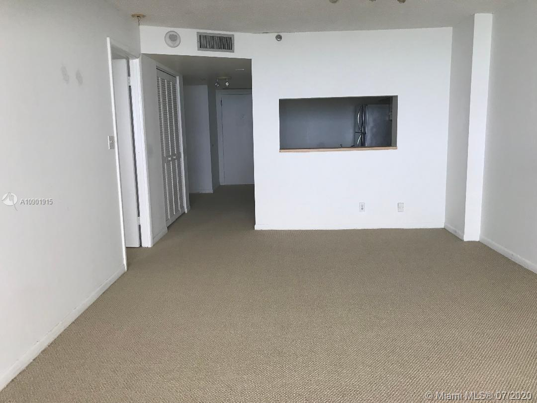 2555 Collins Ave #1505 photo04