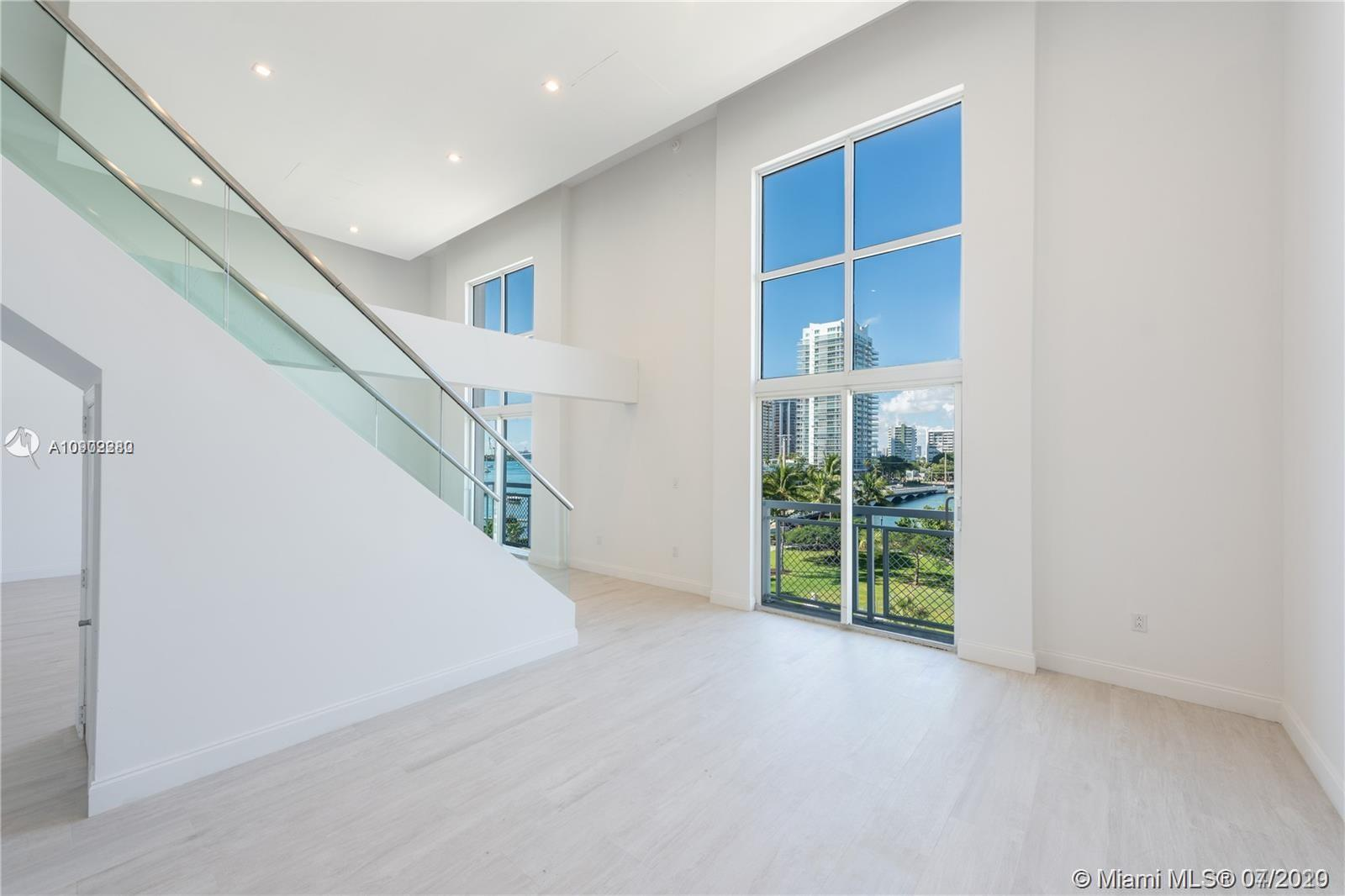 THE LOFTS AT SOUTH BEACH UNIT L502 PHOTO
