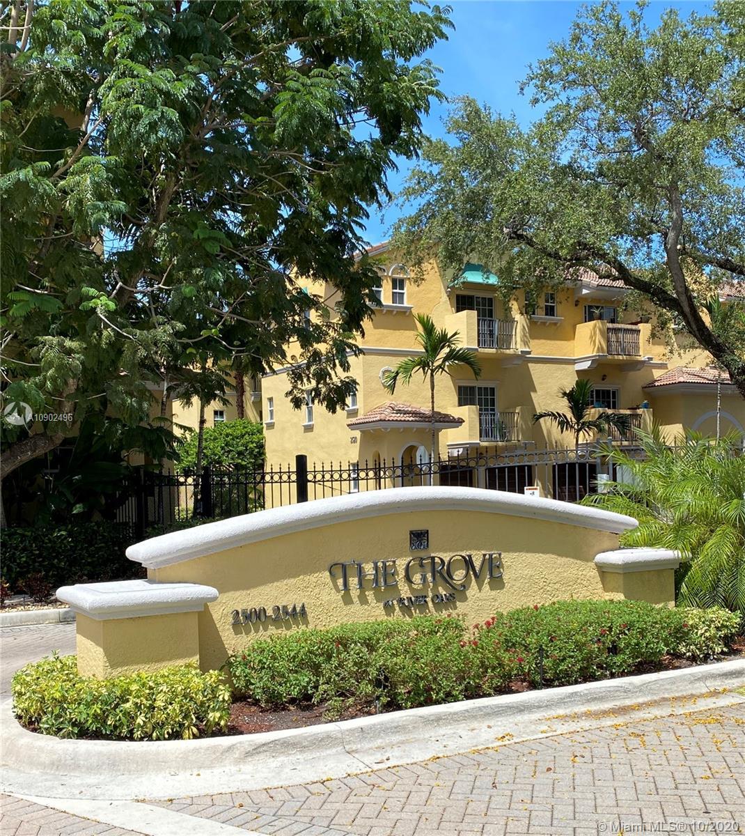 River Oaks #705 - 2508 SW 14th Ave #705, Fort Lauderdale, FL 33315