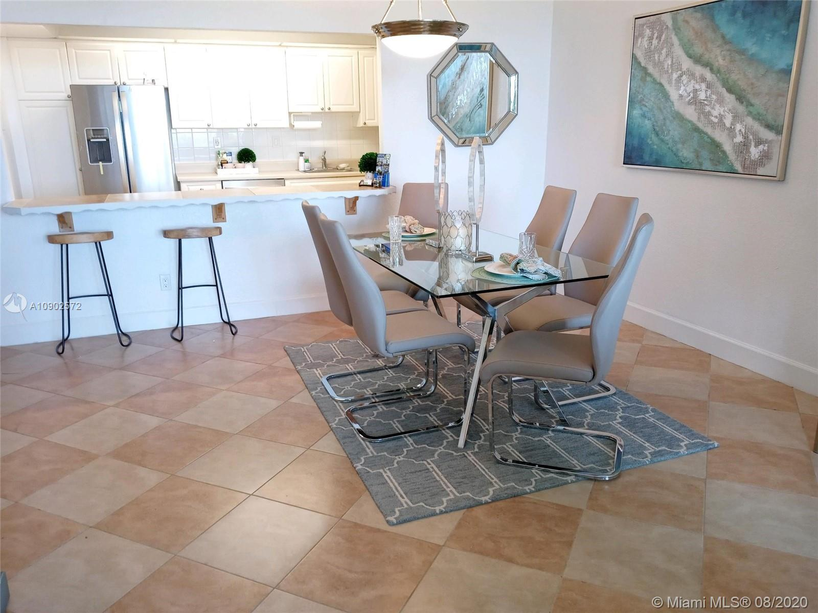 19380 Collins Ave #518 photo07