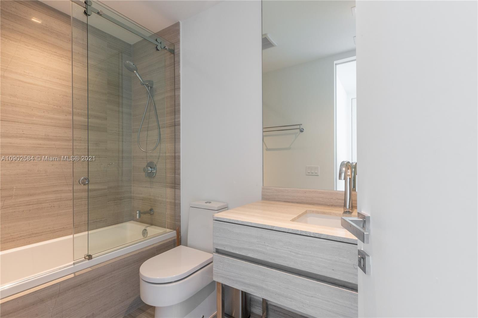 18975 Collins Ave #3903 *FURNISHED* photo019