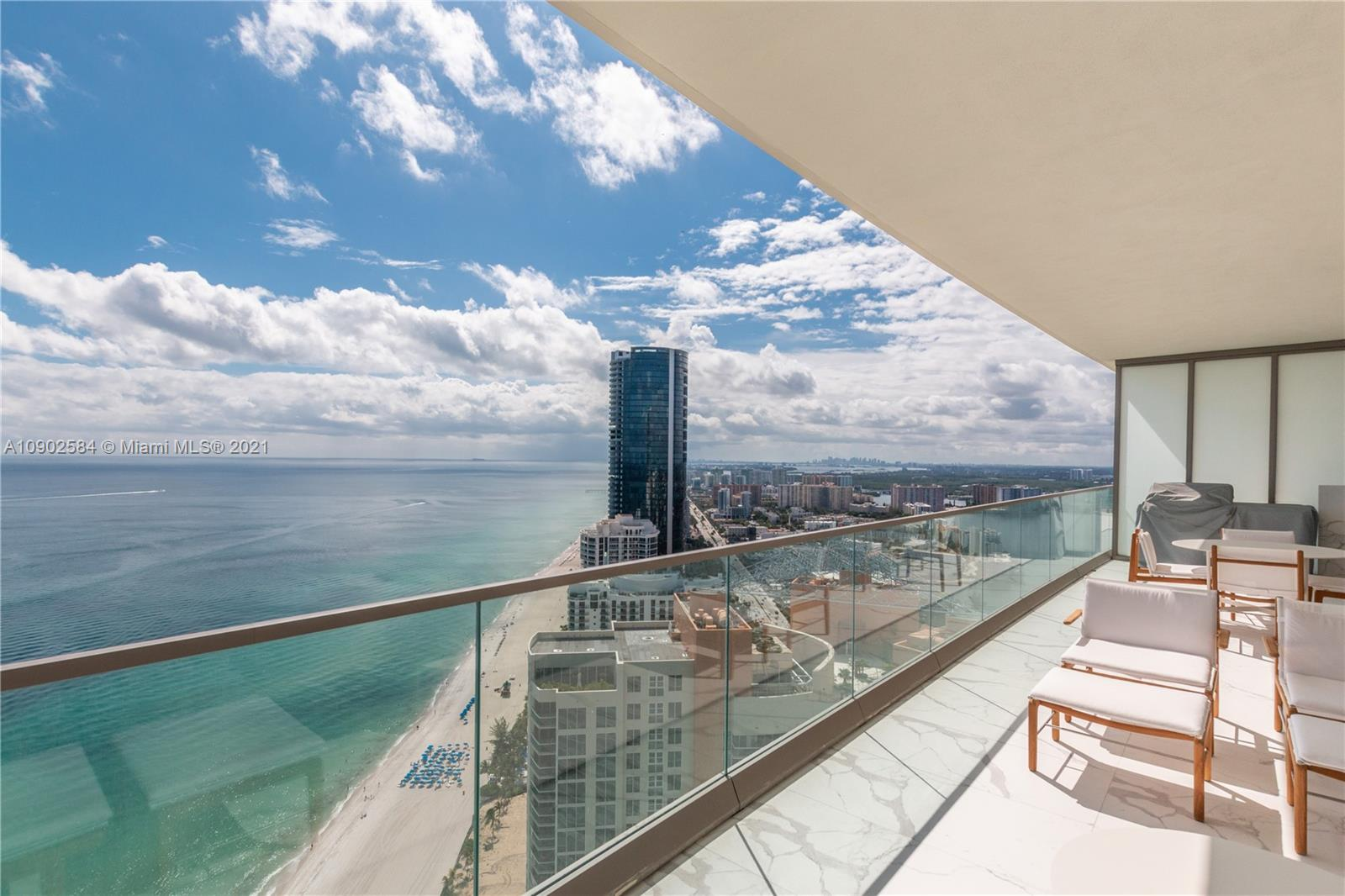 18975 Collins Ave #3903 *FURNISHED* photo035