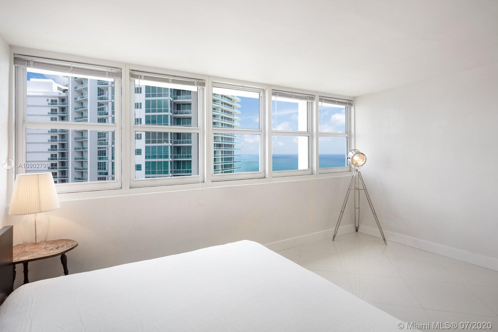 10275 Collins Ave #1503 photo06