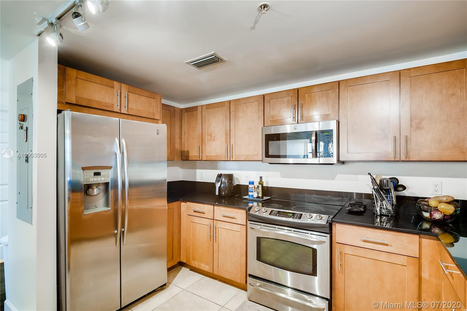 8390 SW 72nd Ave #403 photo05