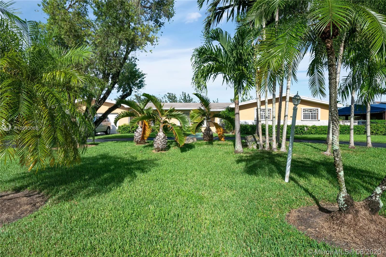 South Miami - 5805 SW 74th Ave, Miami, FL 33143