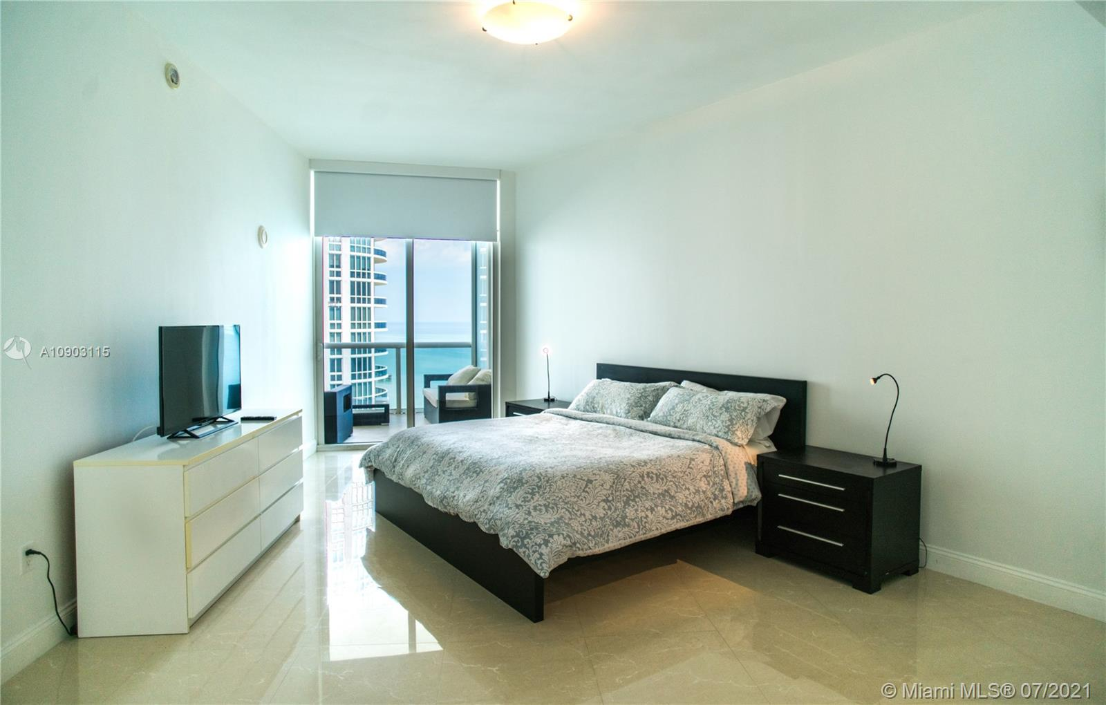 15811 Collins Ave #2403 photo010