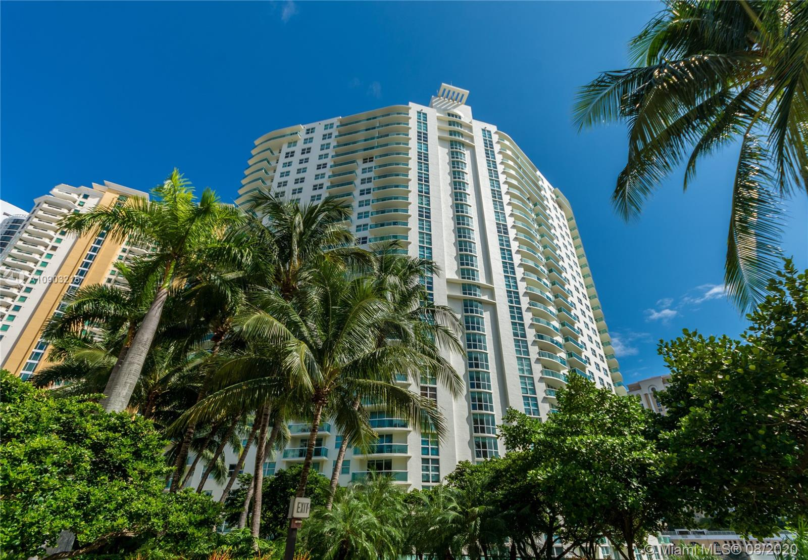 Photo of 347 N New River Dr E #1108 listing for Sale
