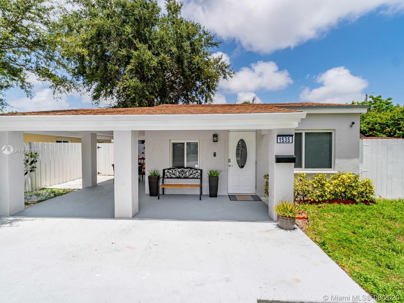 North Miami Beach - 1535 NE 176th St, North Miami Beach, FL 33162