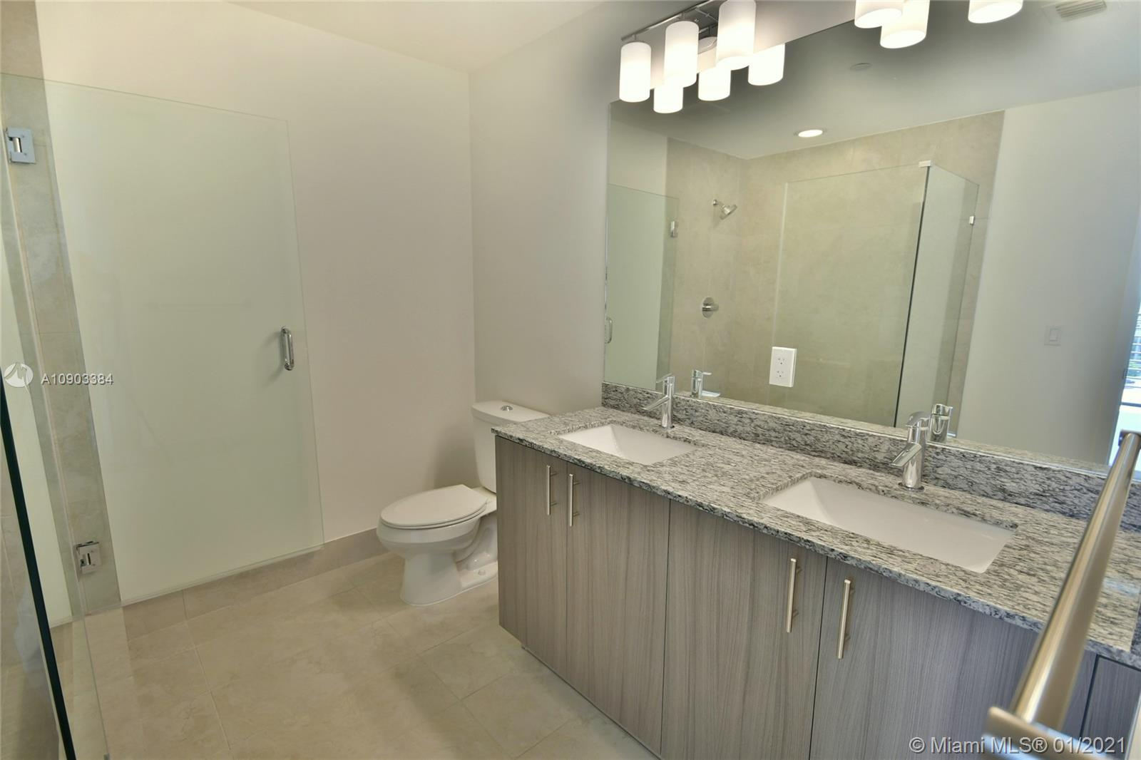 5350 NW 84th Ave #1011 photo028