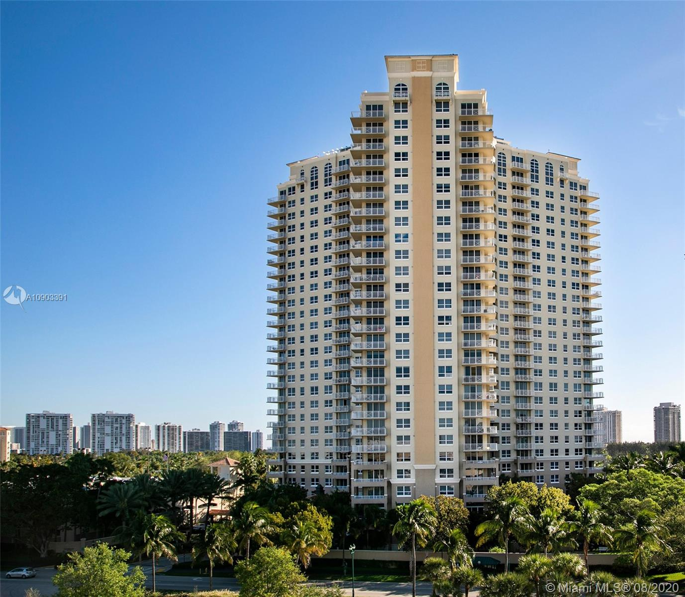 Turnberry on the Green #403 - 19501 W Country Club Dr #403, Aventura, FL 33180