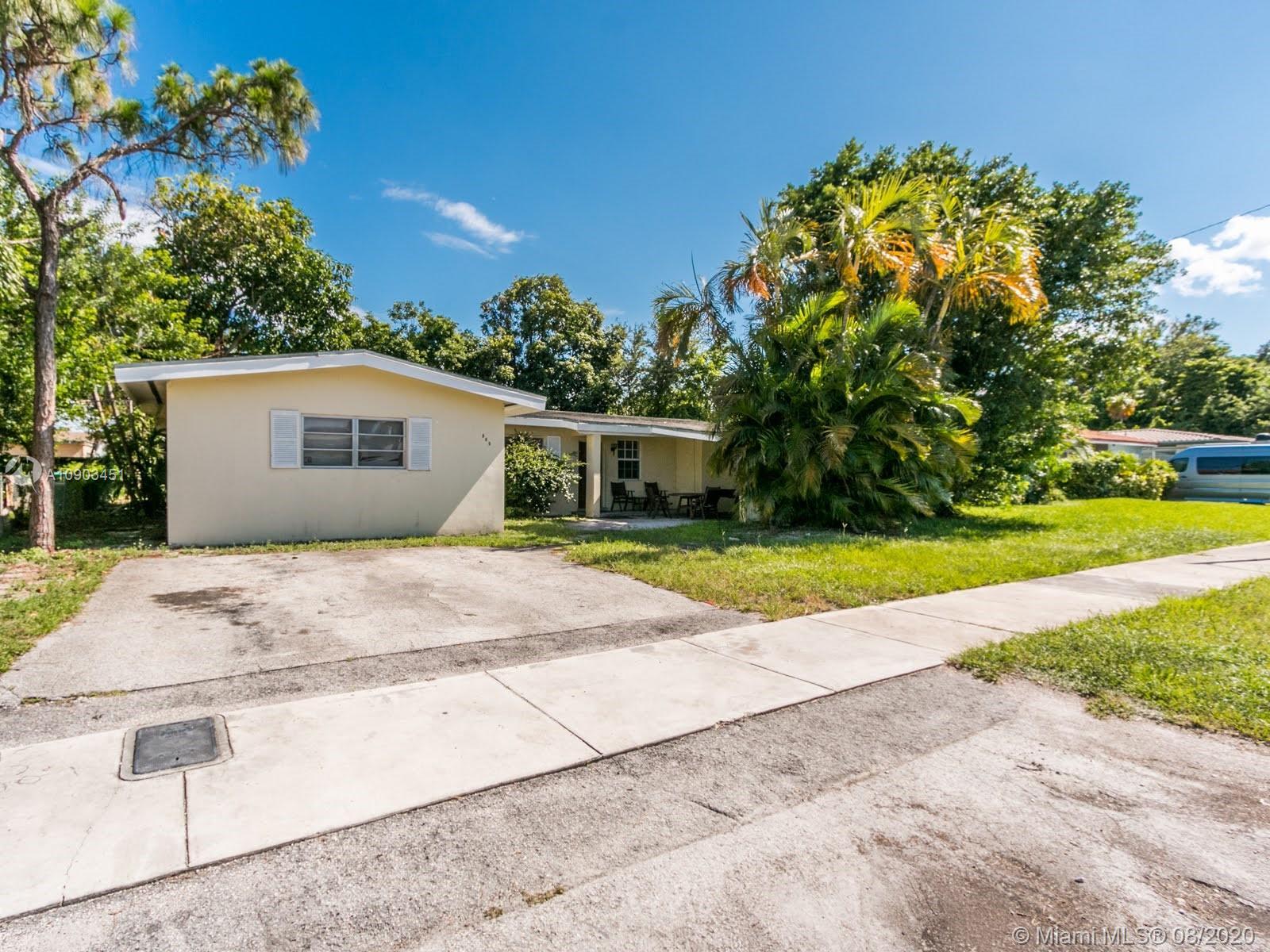 Windward - 680 NE 172nd Ter, Miami, FL 33162