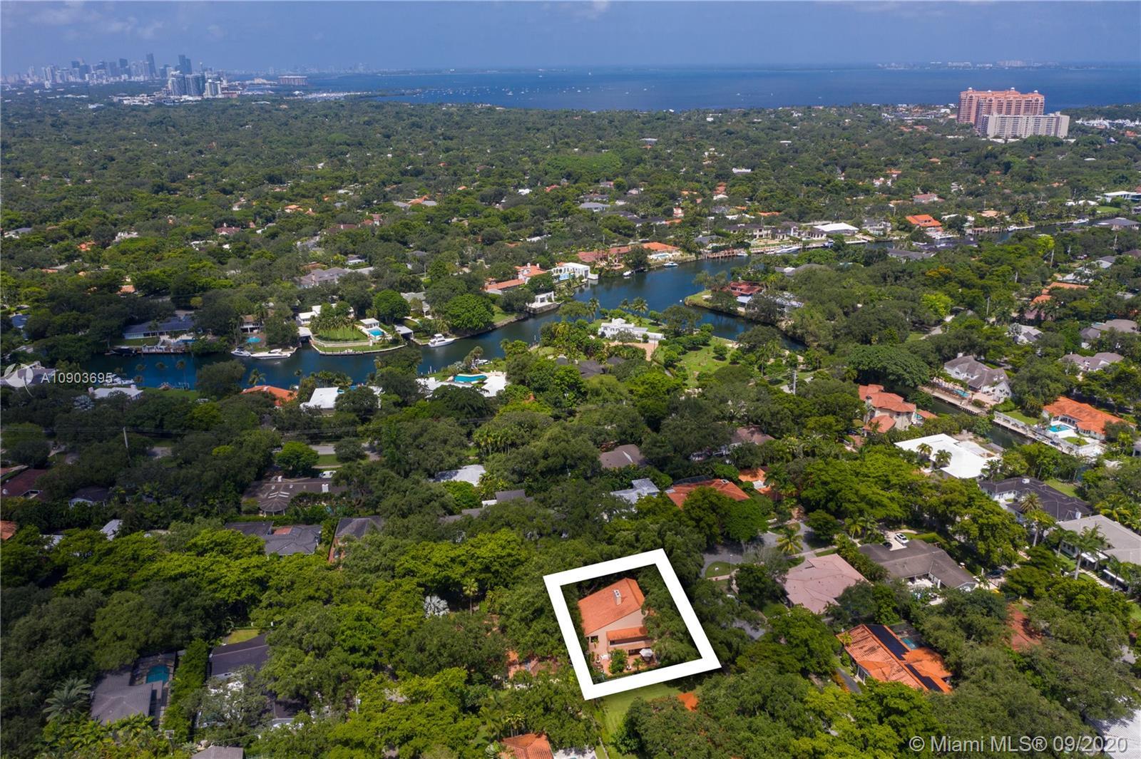 South Miami - 6510 Castaneda St, Coral Gables, FL 33146