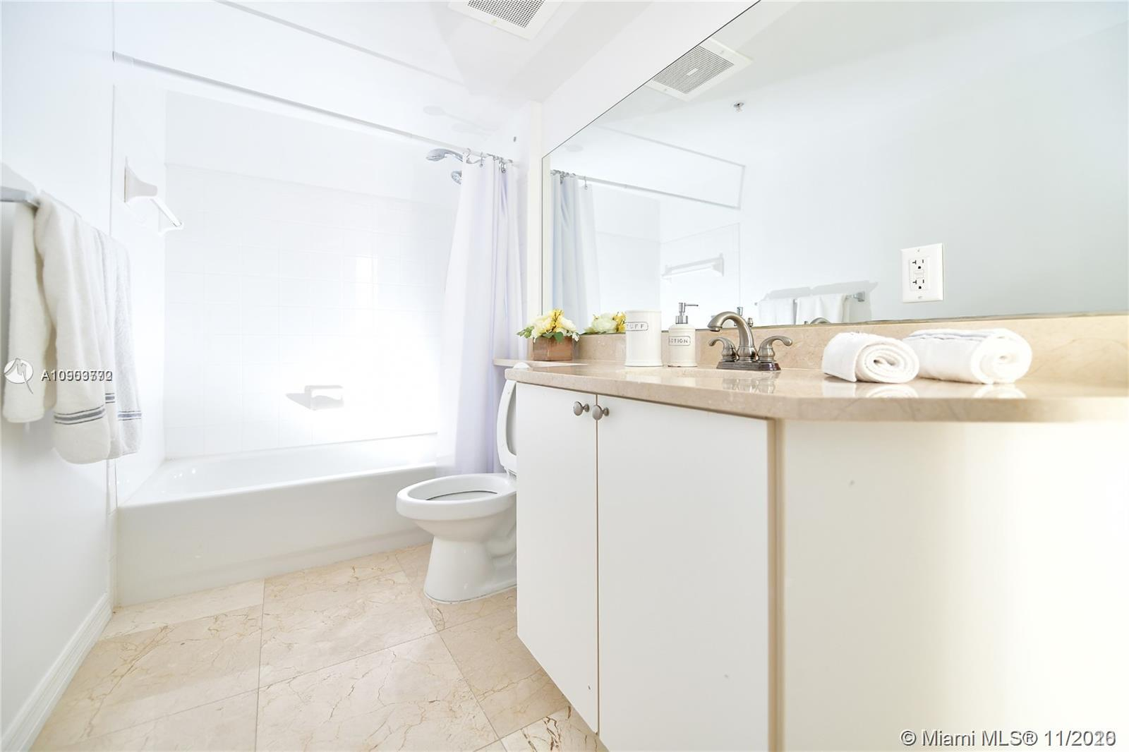 9201 Collins Ave #622 photo020