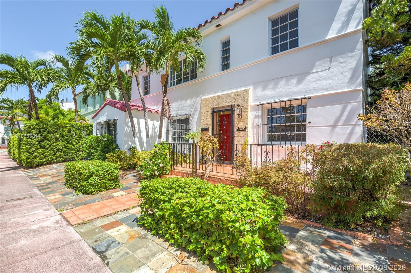 829 Espanola Way photo02