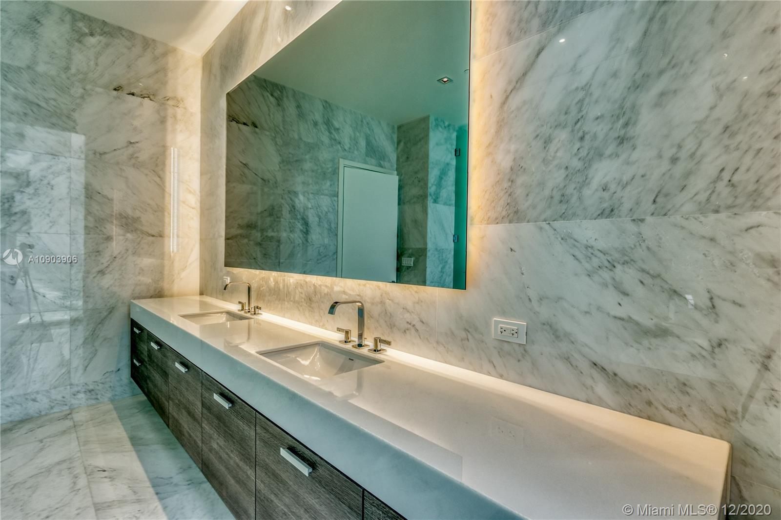 17141 Collins Ave #3401 photo011