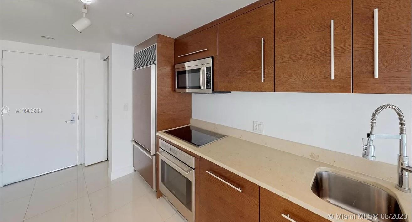 465 Brickell Ave #3904 photo09