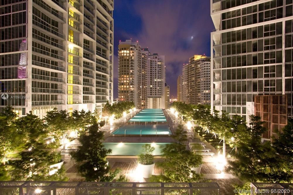 Photo of 465 Brickell Ave #3904 listing for Sale