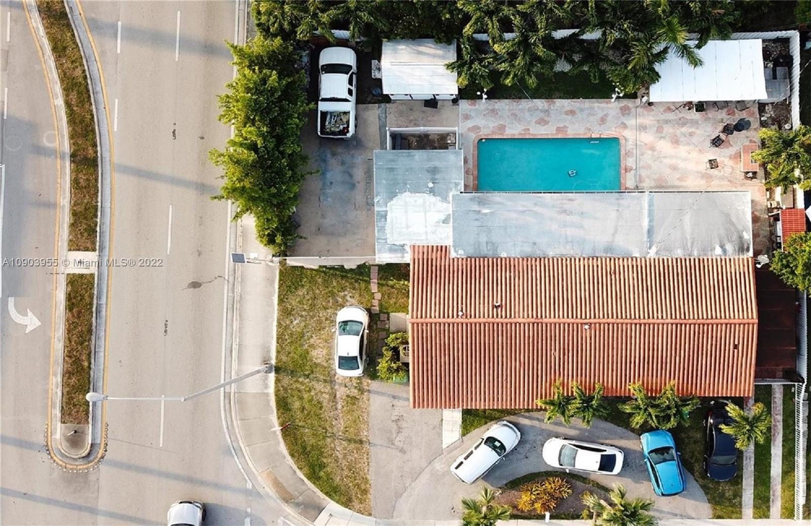 8675 SW 29th St photo02