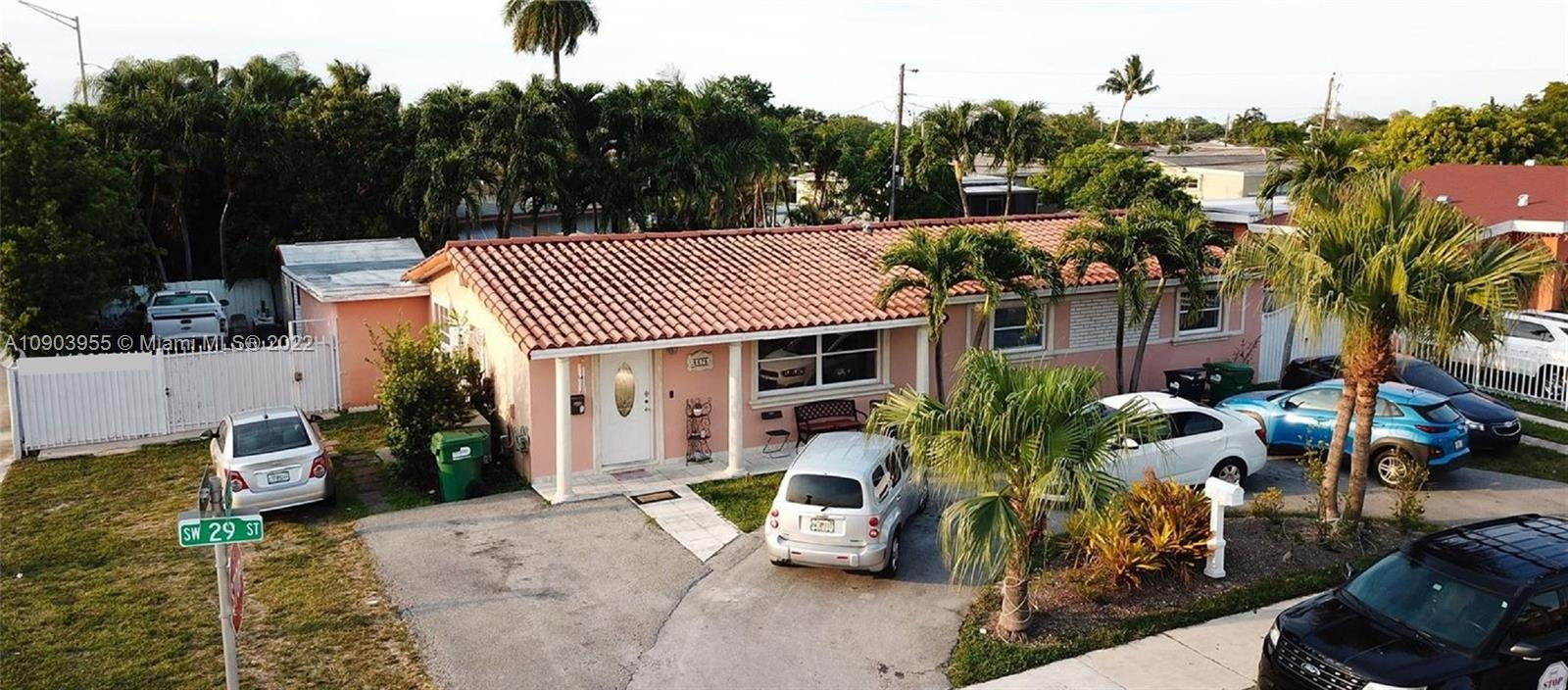 8675 SW 29th St photo01