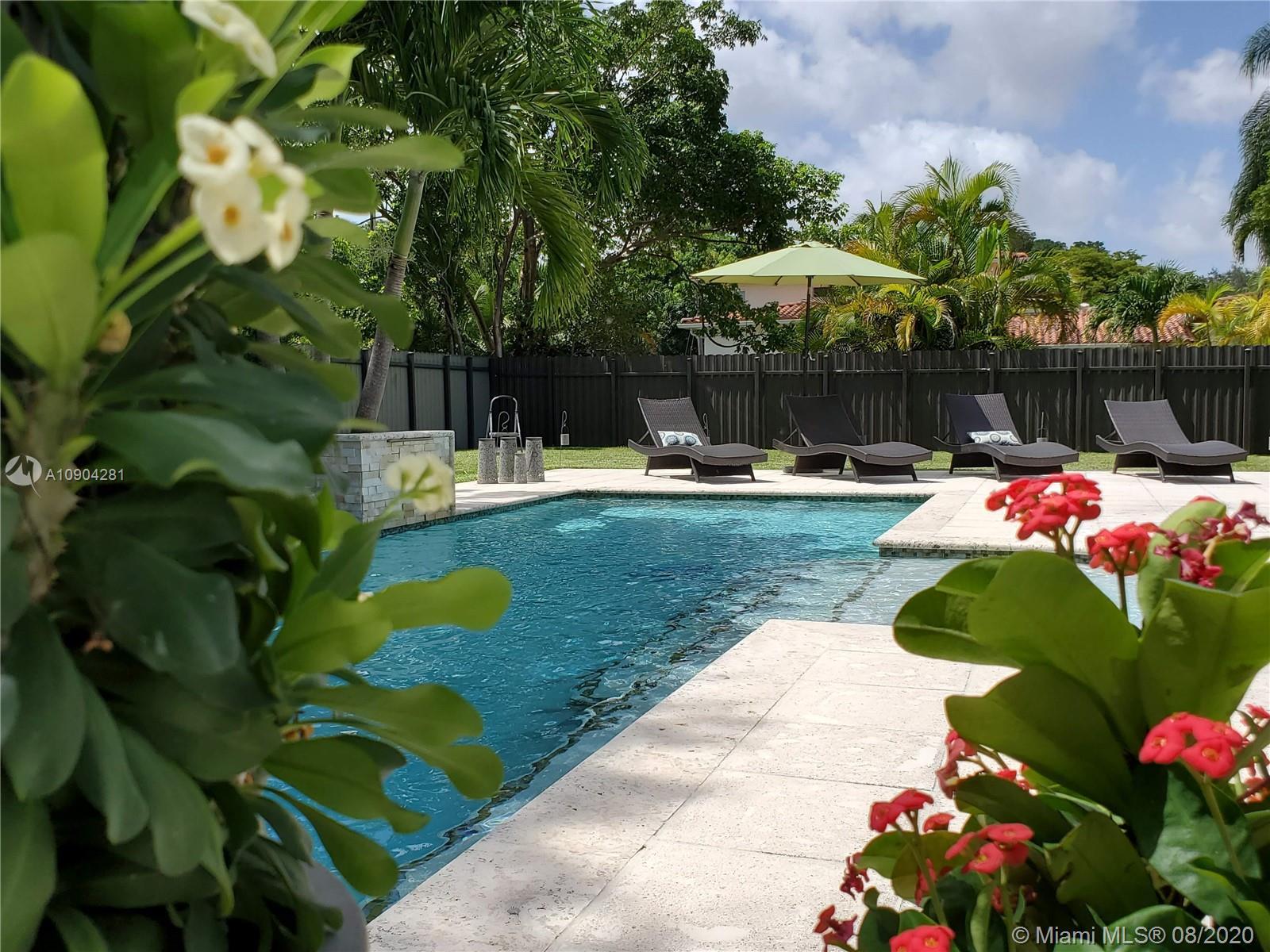South Miami - 6120 SW 65th Ave, South Miami, FL 33143