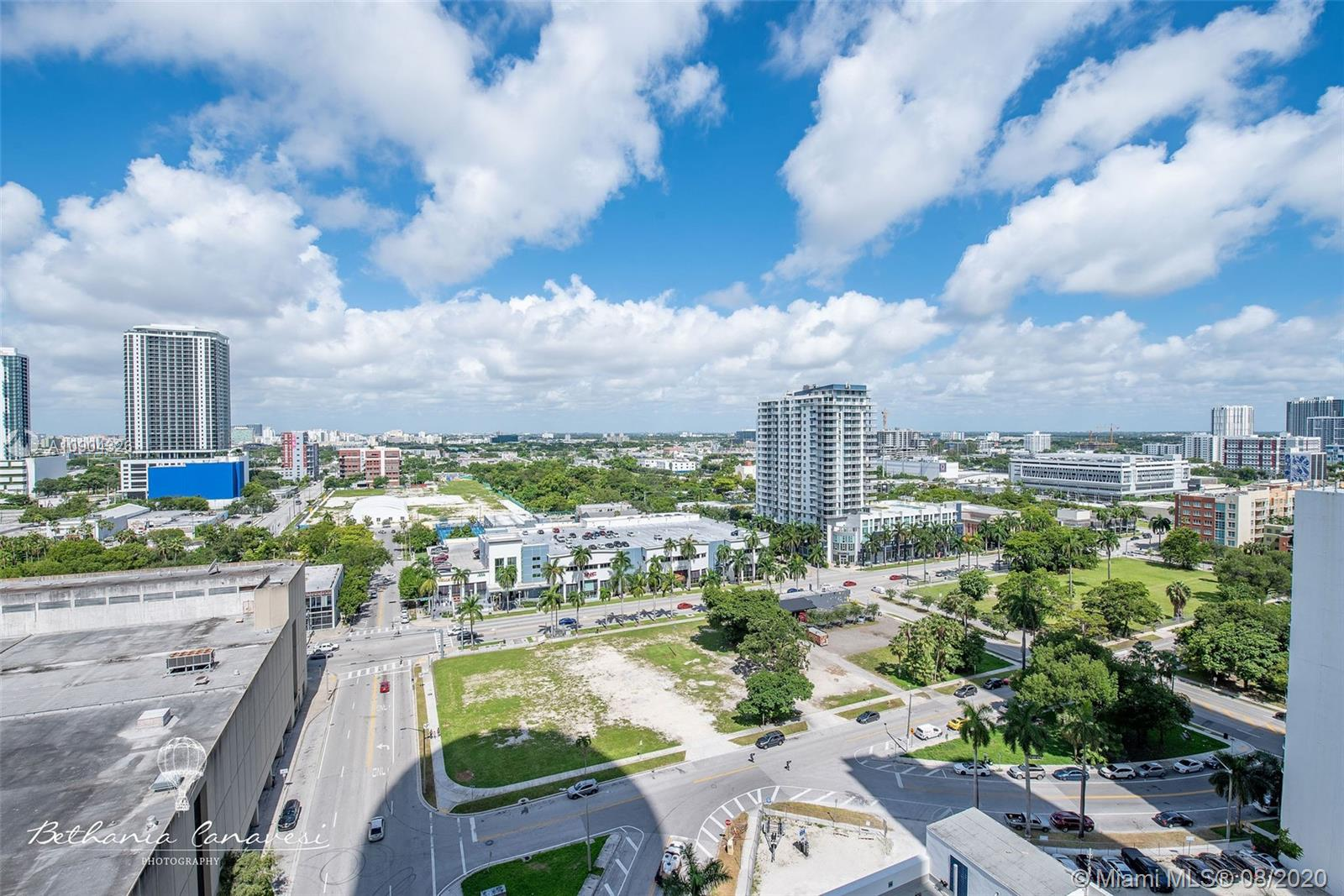 Photo of 1750 N Bayshore Dr #1915 listing for Sale