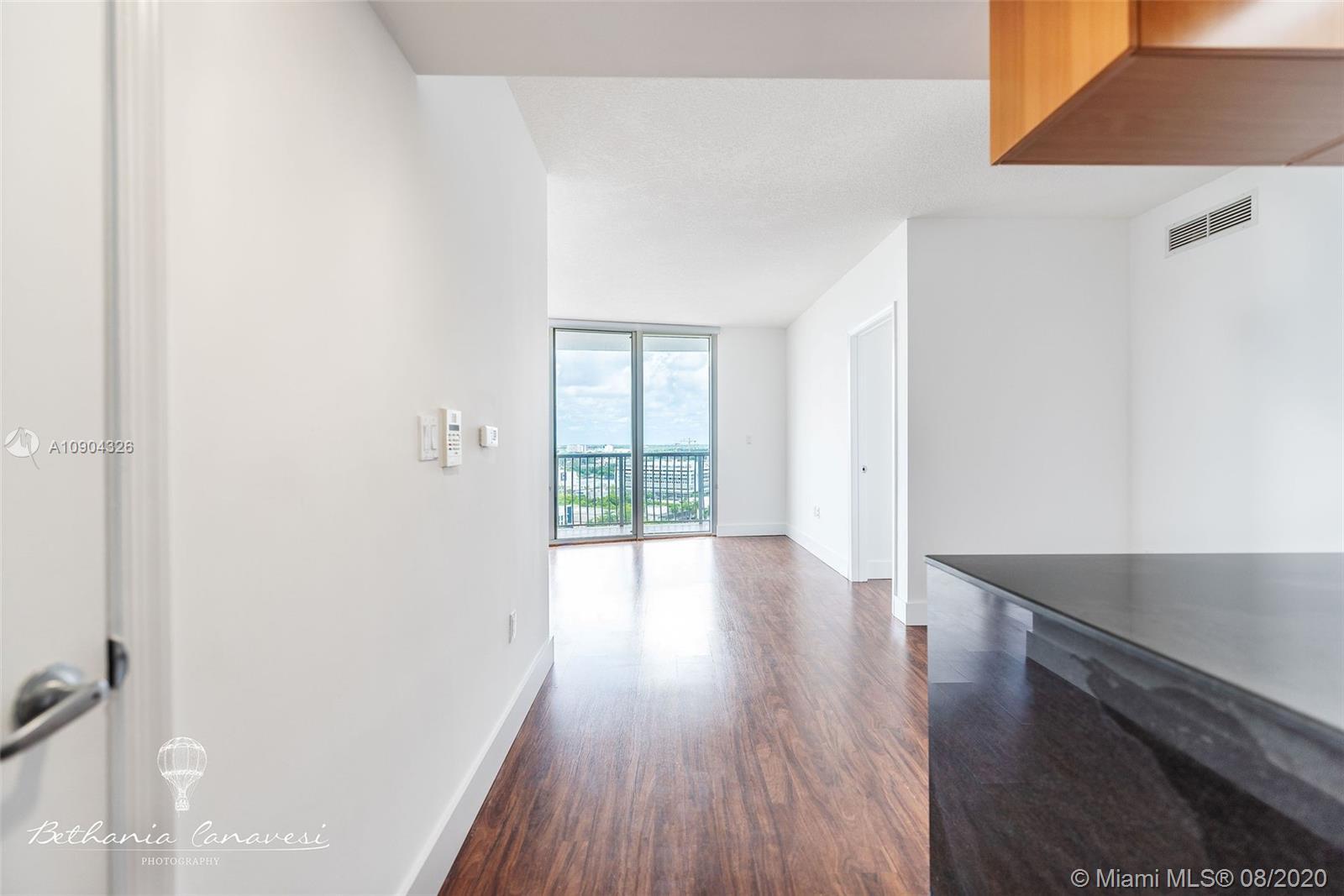 1750 N Bayshore Dr # 1915, Miami, Florida 33132, 2 Bedrooms Bedrooms, ,2 BathroomsBathrooms,Residential,For Sale,1750 N Bayshore Dr # 1915,A10904326