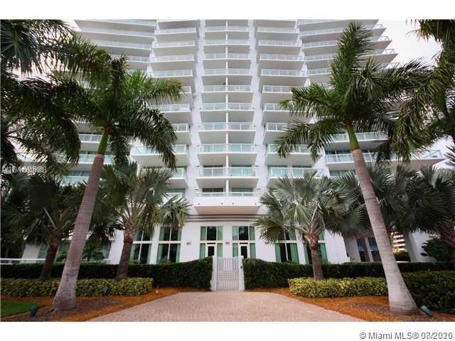 Grand Venetian #1102 - 10 Venetian Way #1102, Miami Beach, FL 33139