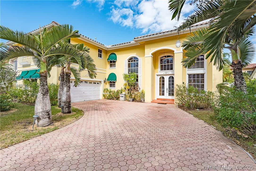 Miami Lakes - 8265 NW 161st Ter, Miami Lakes, FL 33016
