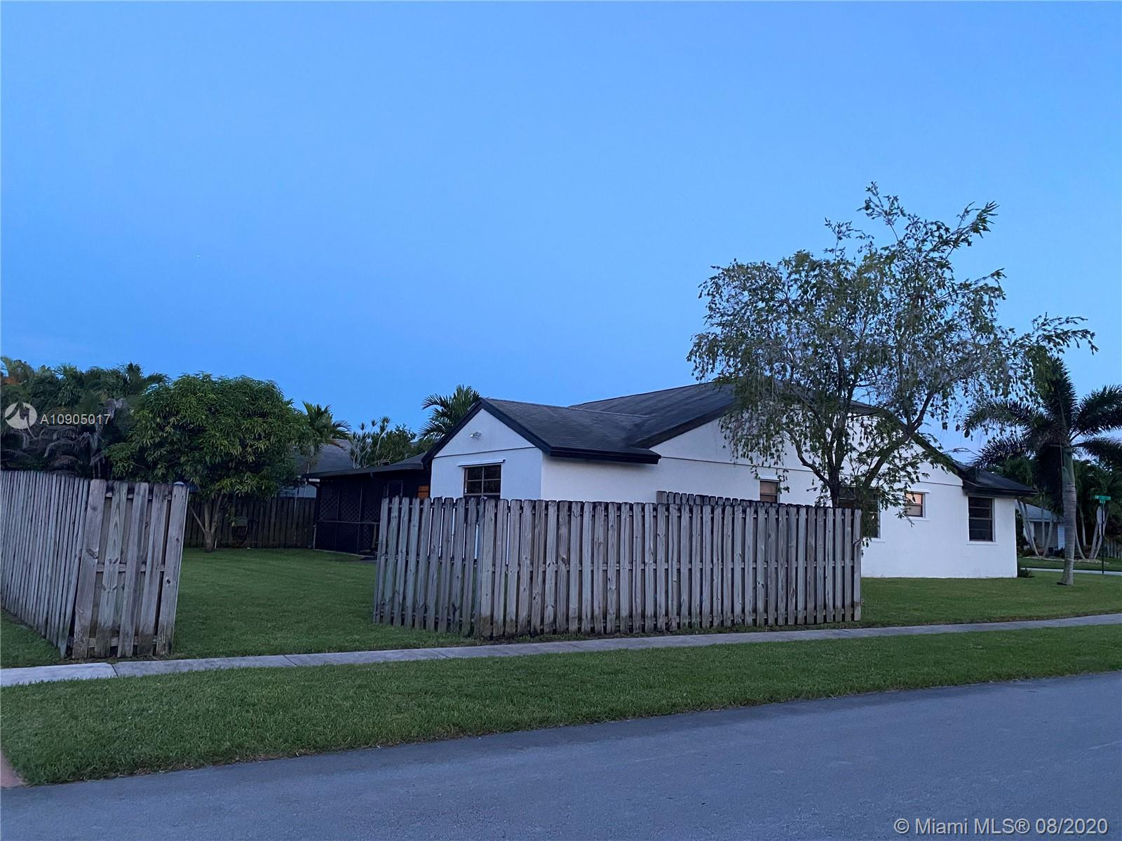 15093 SW 13th Ct photo024