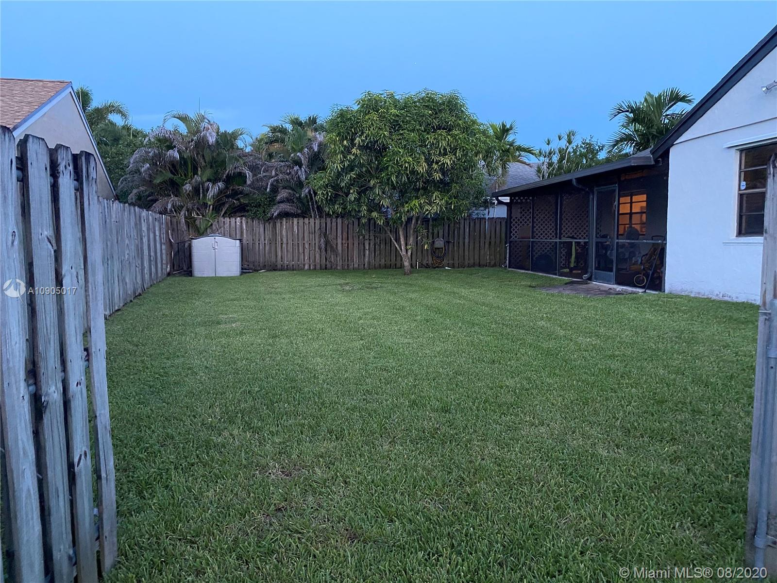 15093 SW 13th Ct photo025