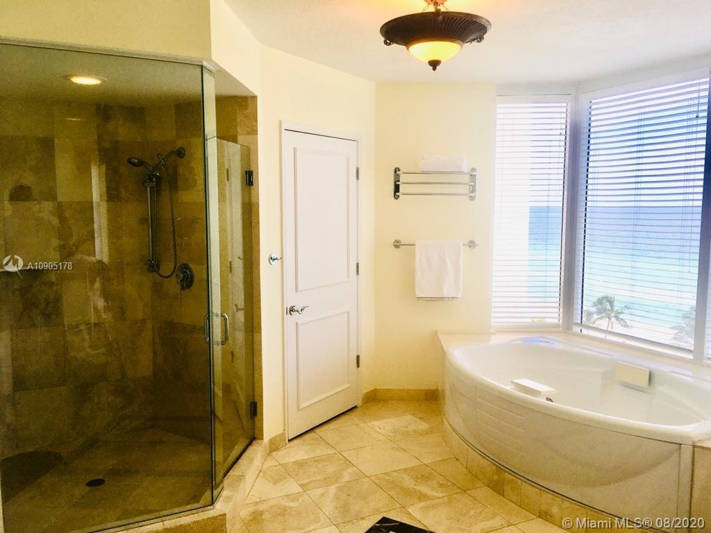17555 Collins Ave #1001 photo015