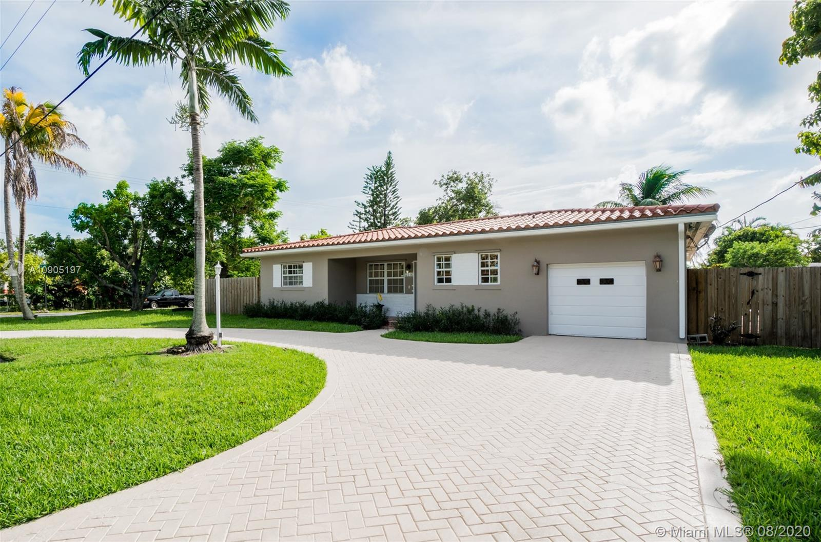 Coral Villas - 3140 SW 62nd Ct, Miami, FL 33155