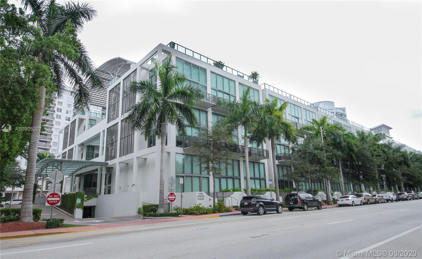 6000 Collins Ave #507 photo025
