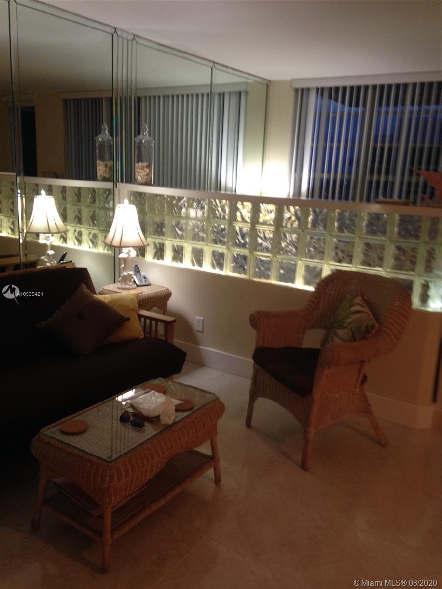 Decoplage #1104 - 100 LINCOLN RD #1104, Miami Beach, FL 33139