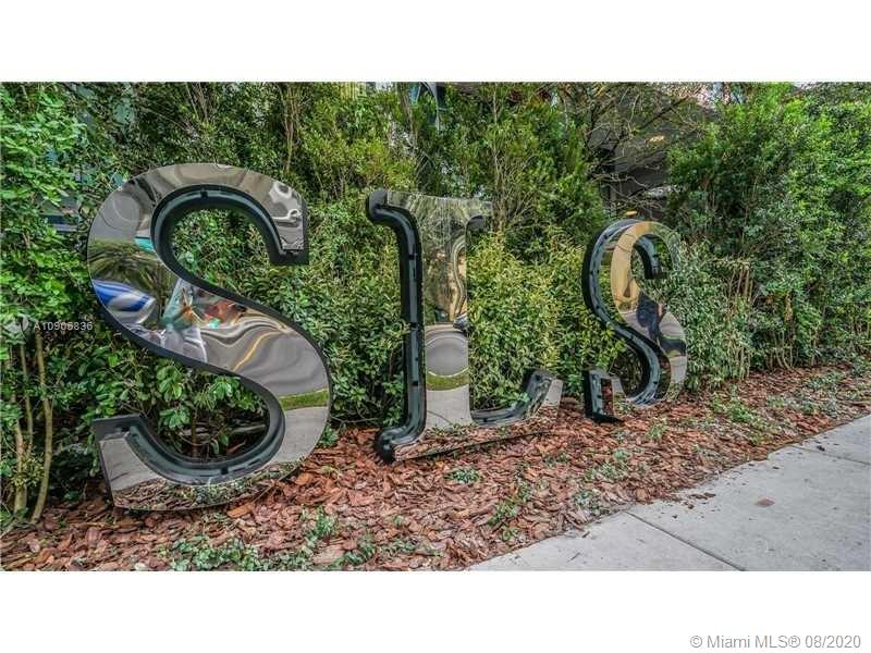 SLS Brickell #1009 photo02