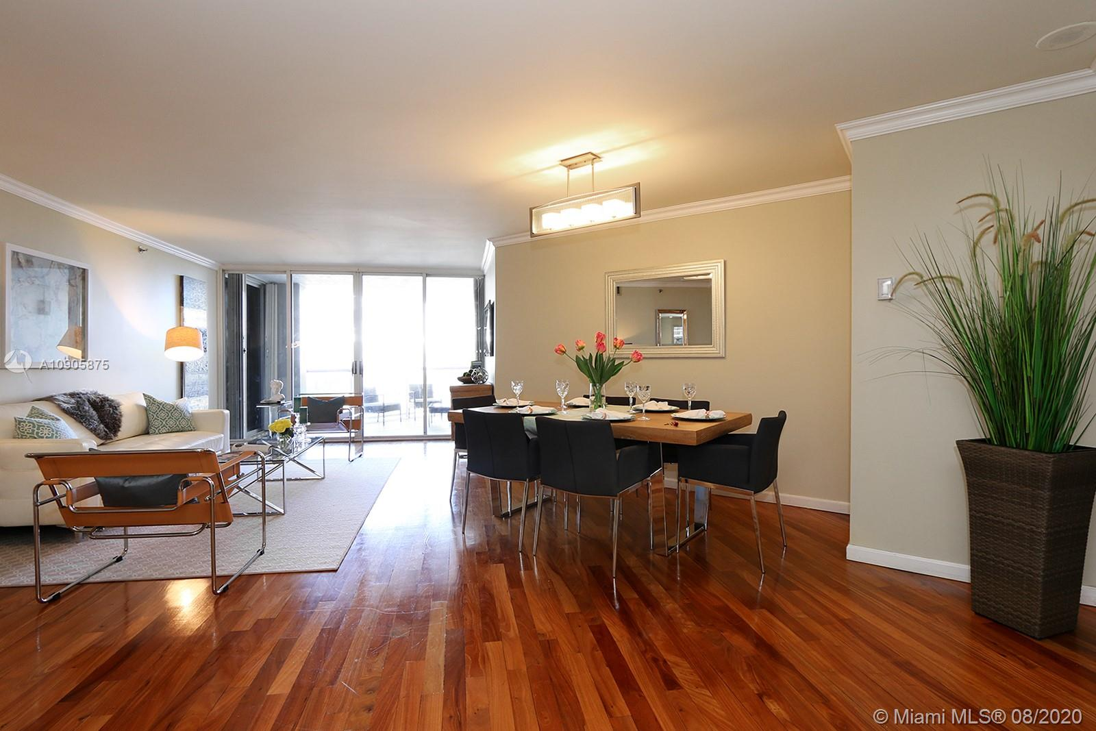 6767 Collins Ave #401 photo02