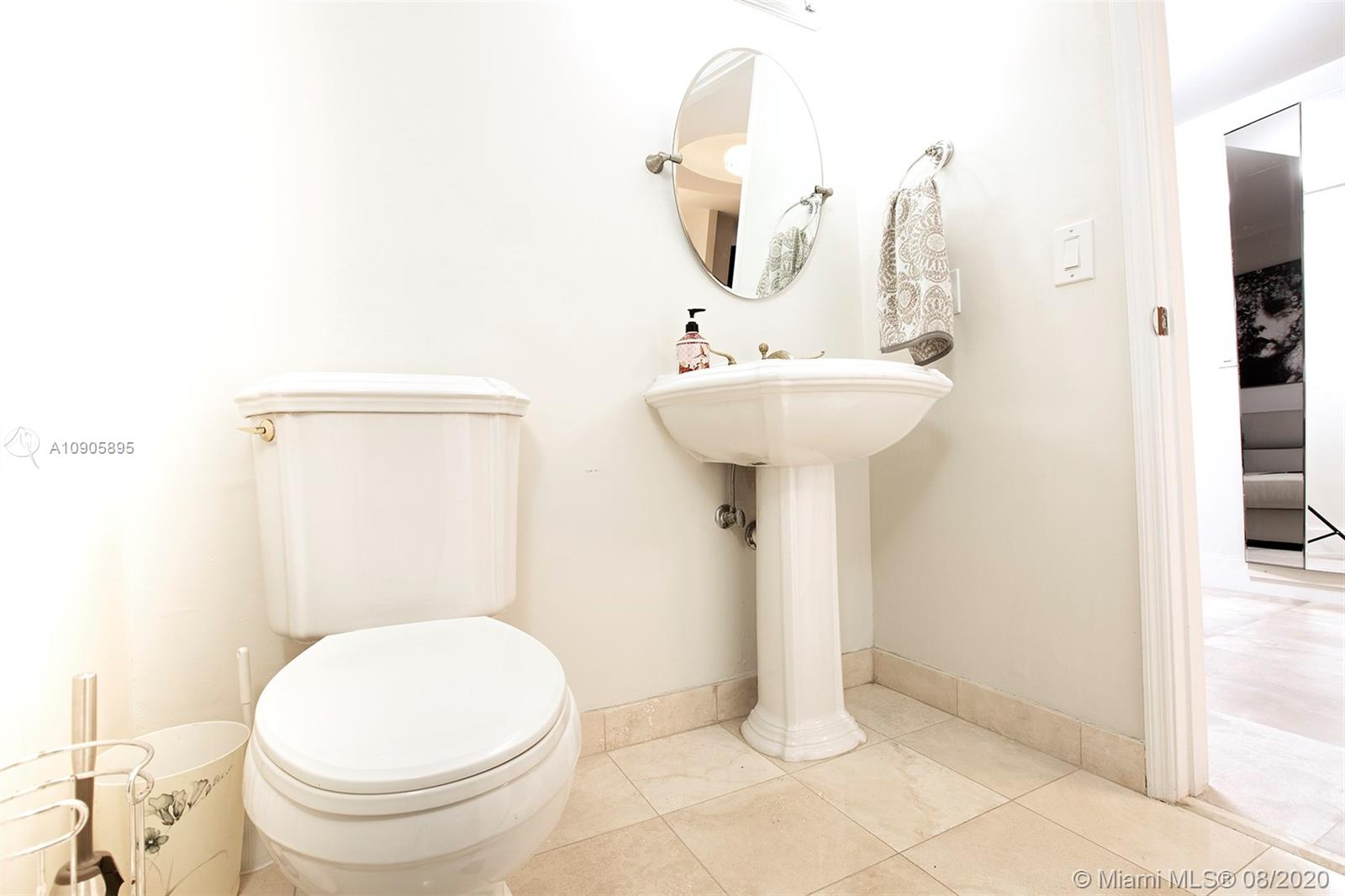 17555 Collins Ave #2102 photo034